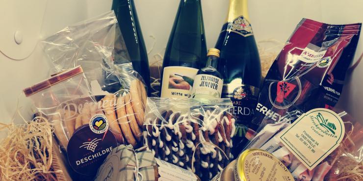 Luxe geschenkmand: Vlaamse streekproducten (zonder bier)